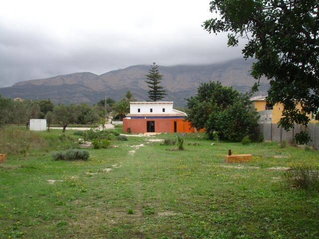 JV 865 Casita de campo en javea con 6000 m2 de terreno