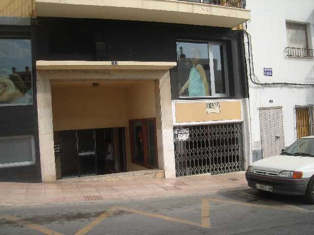 JV 1220  local en javea de 60 m2 en el centro
